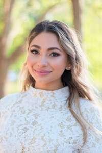 Katherine Pizarro headshot